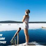 immersion bain baignade lac gele trou dans la glace laponie finlande hiver 2021 2022